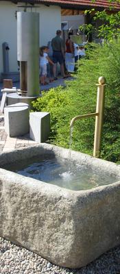 Wasserauslauf Brunnen.Auf Kreuth1 Garten Wohnen Schenken Natursteine